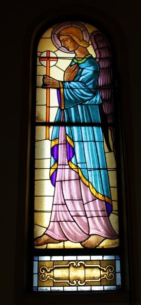 Presbiterio: Angelo dx