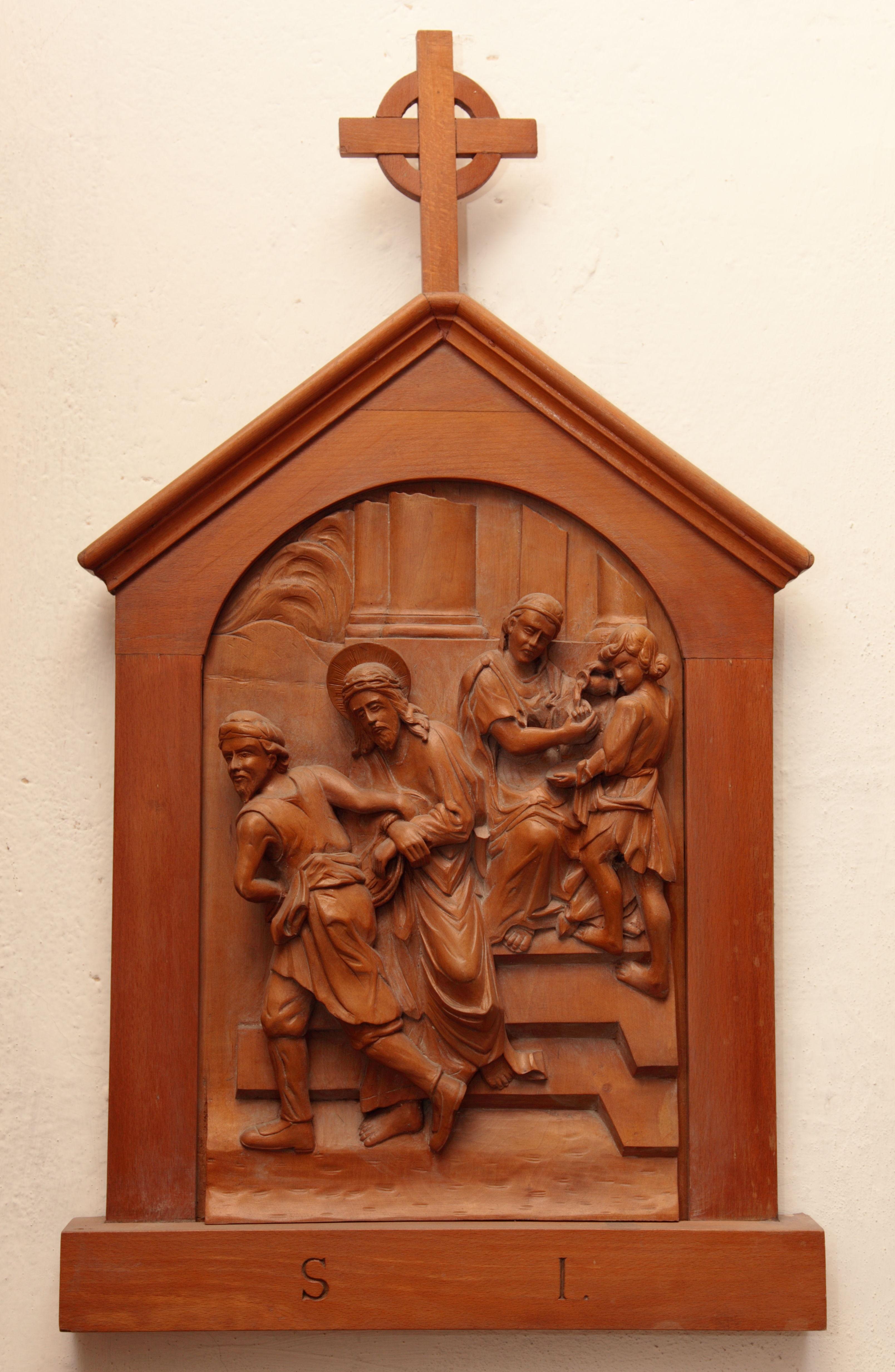 I^ Stazione: Gesù è condannato a morte